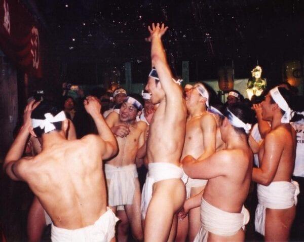 Японский праздник Хадака-Мацури