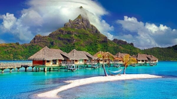 Куда съездить на отдых в декабре