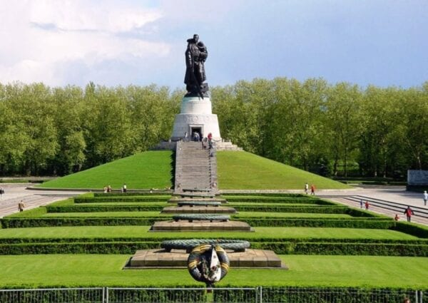 Monument to the Soviet soldier