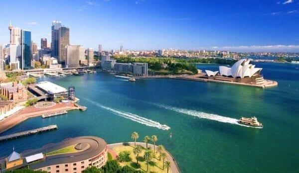 Что должен сделать каждый турист, приехавший в Сидней