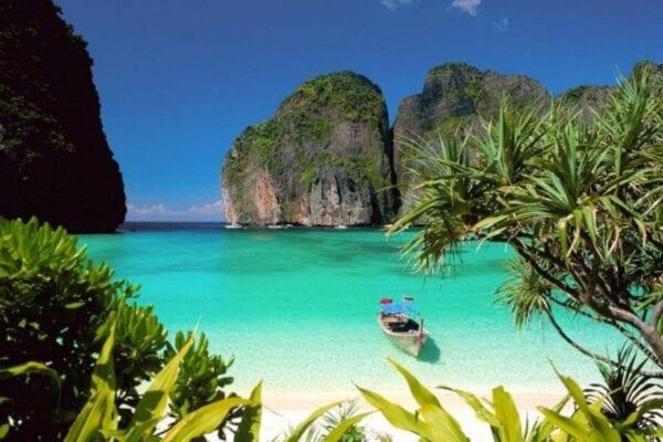 Куда поехать отдыхать в марте на море: лучшие места для пляжного отдыха
