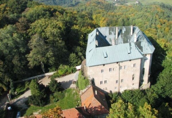 Houska Castle – the gateway to hell and a well to hell