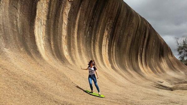 Бывают ли волны из камня? Отвечает, Австралия.