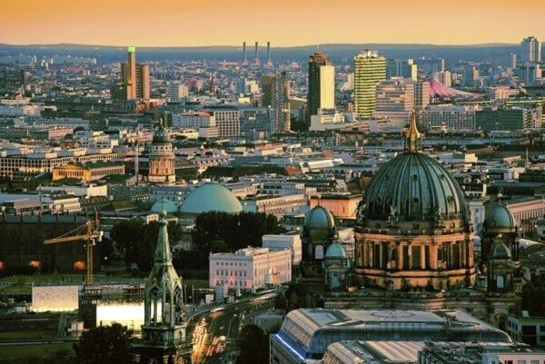 Где купить недорогие авиабилеты в Берлин