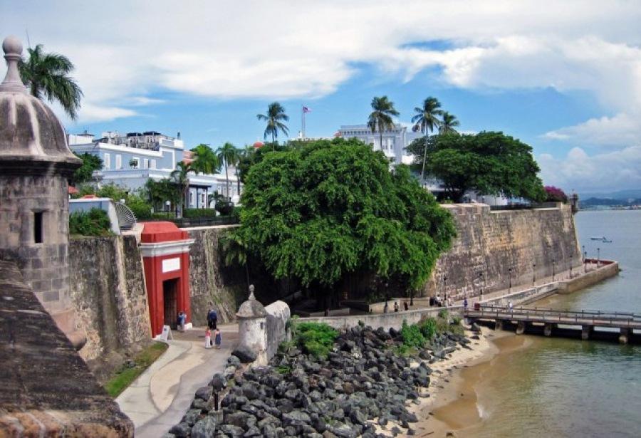 Datovania Puerto Kostarikský chlapec