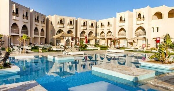 Мой отдых с мамой в Тунисе — благополучный и не очень