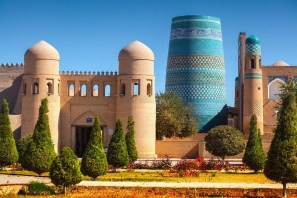 Uzbekistan: the concentration of all the charms of the East