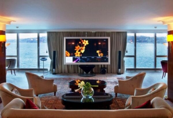 Top-10 most expensive hotels in the world