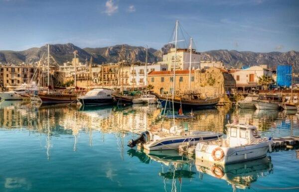 Где лучше отдохнуть в Греции или на Кипре