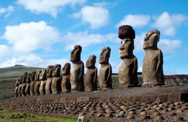 Неразгаданная загадка: остров Пасхи