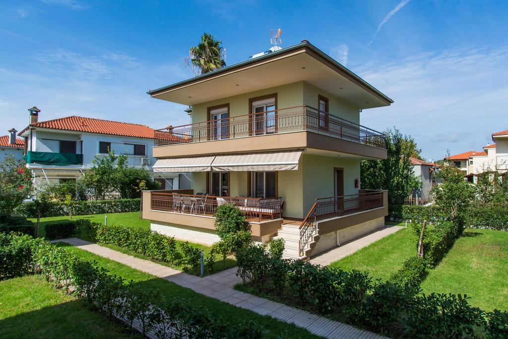 Botanica Villas Apartments
