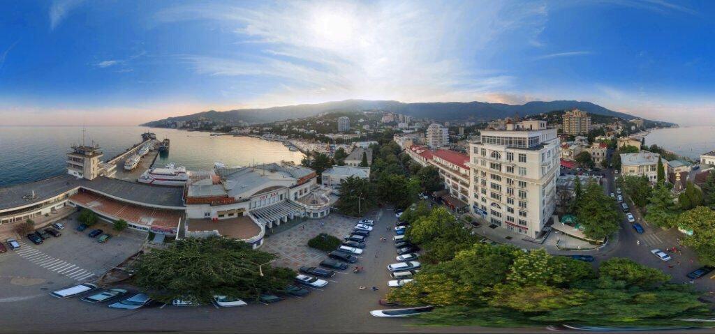Kailas Hotel