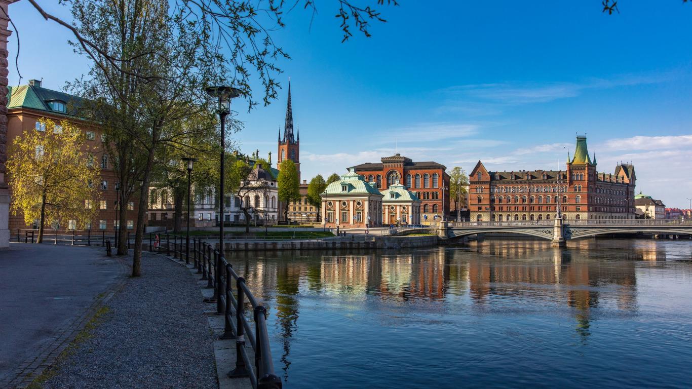 stockholm-shvetsiia-naberezhnaia-stokgolm