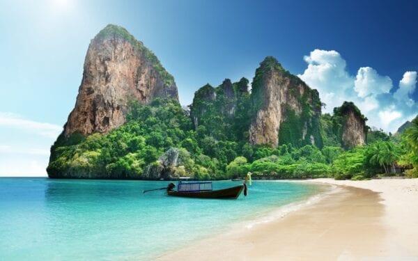 Таиланд в июле: куда лучше ехать отдыхать летом