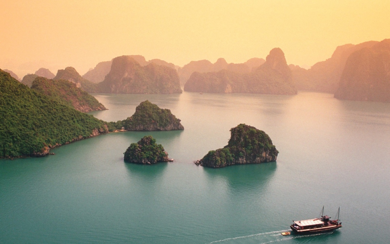 World___Asia_Forested_island_in_Halong_Bay__Vietnam_110357_12