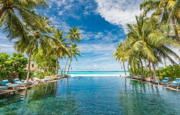 Какая валюта лучше на Мальдивах