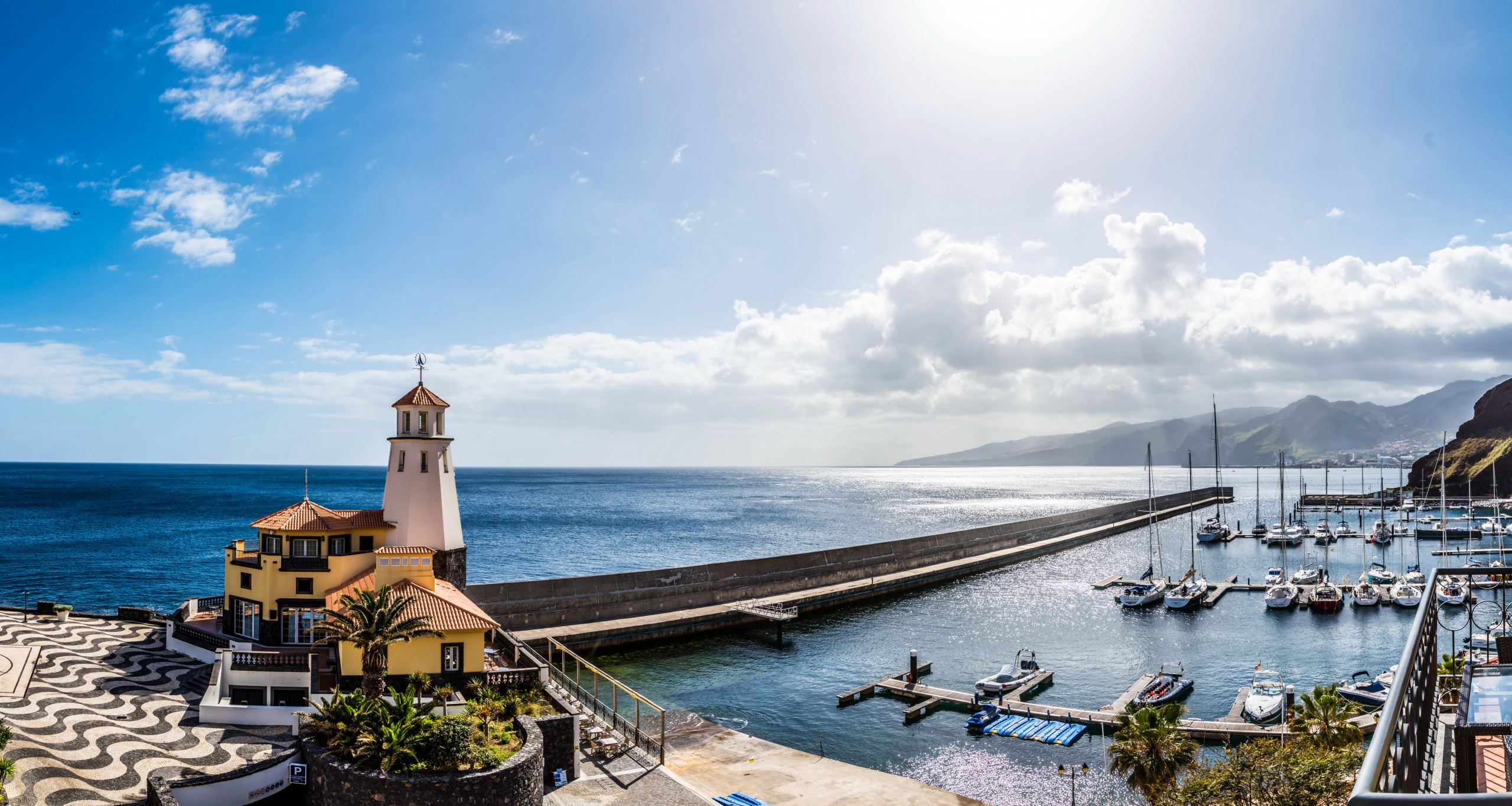 Portugal_Houses_Sea_Marinas_Sailing_Yacht_Madeira