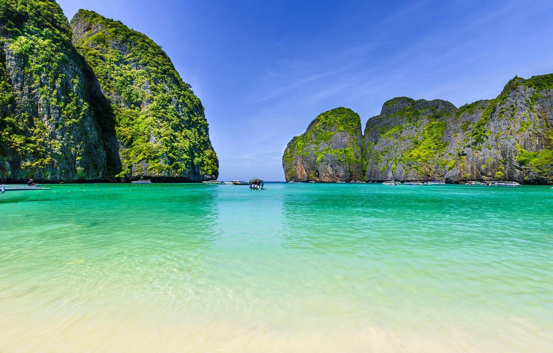 tailand-maya-bay-phi-phi-island-ostrov-more-bukhta-skaly-kam