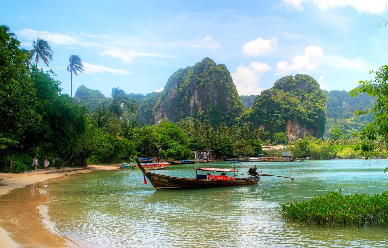 tailand-tropiki-more-bereg-les-dzhungli-skaly-palmy-derevia