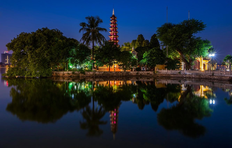 vetnam-hanoi-tran-quoc-pagoda-ozero-khram-pagoda-derevia-pal