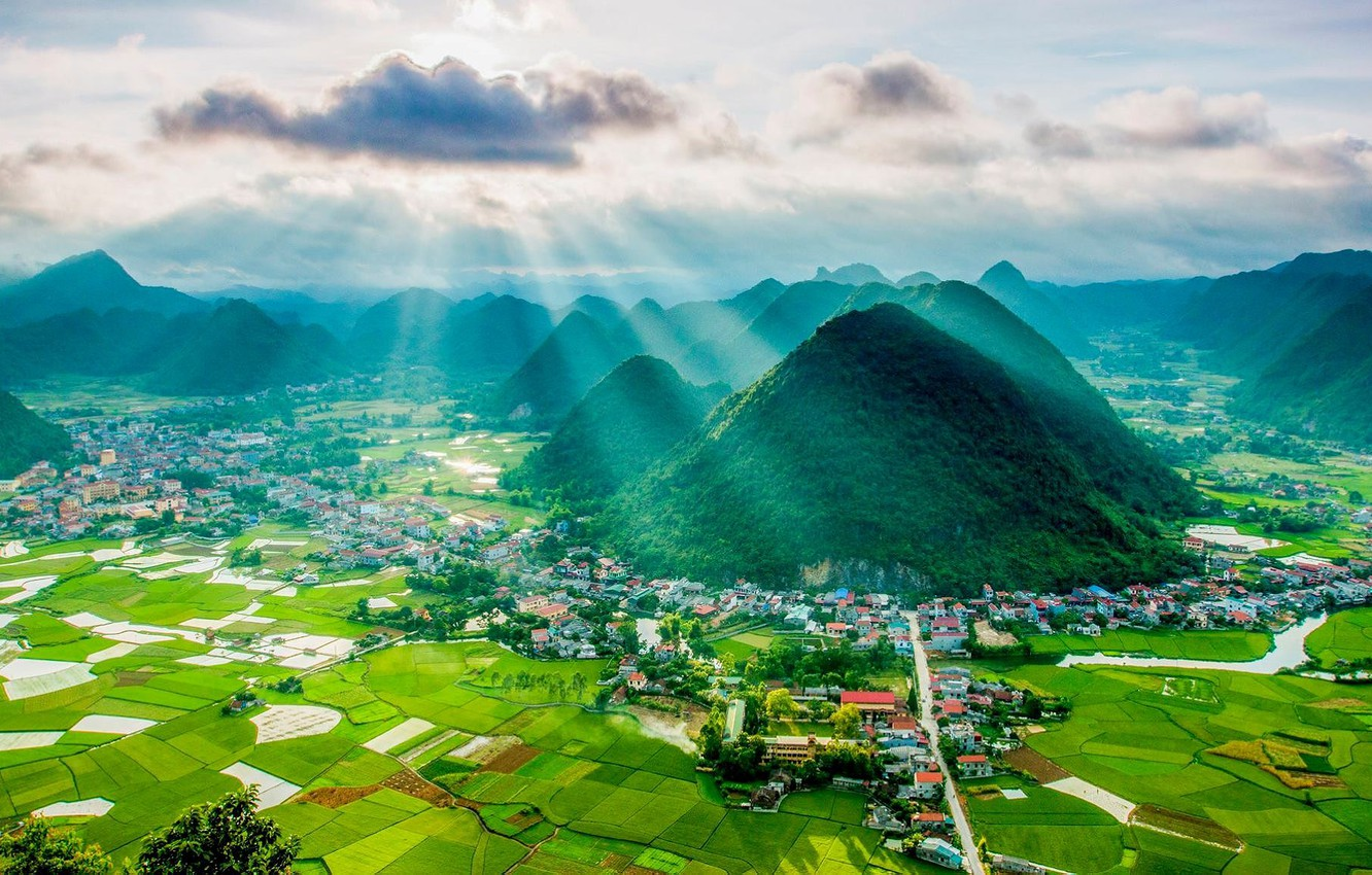 aerial-view-of-bac-son-valley-lang-son-vietnam-gory-dolina-p