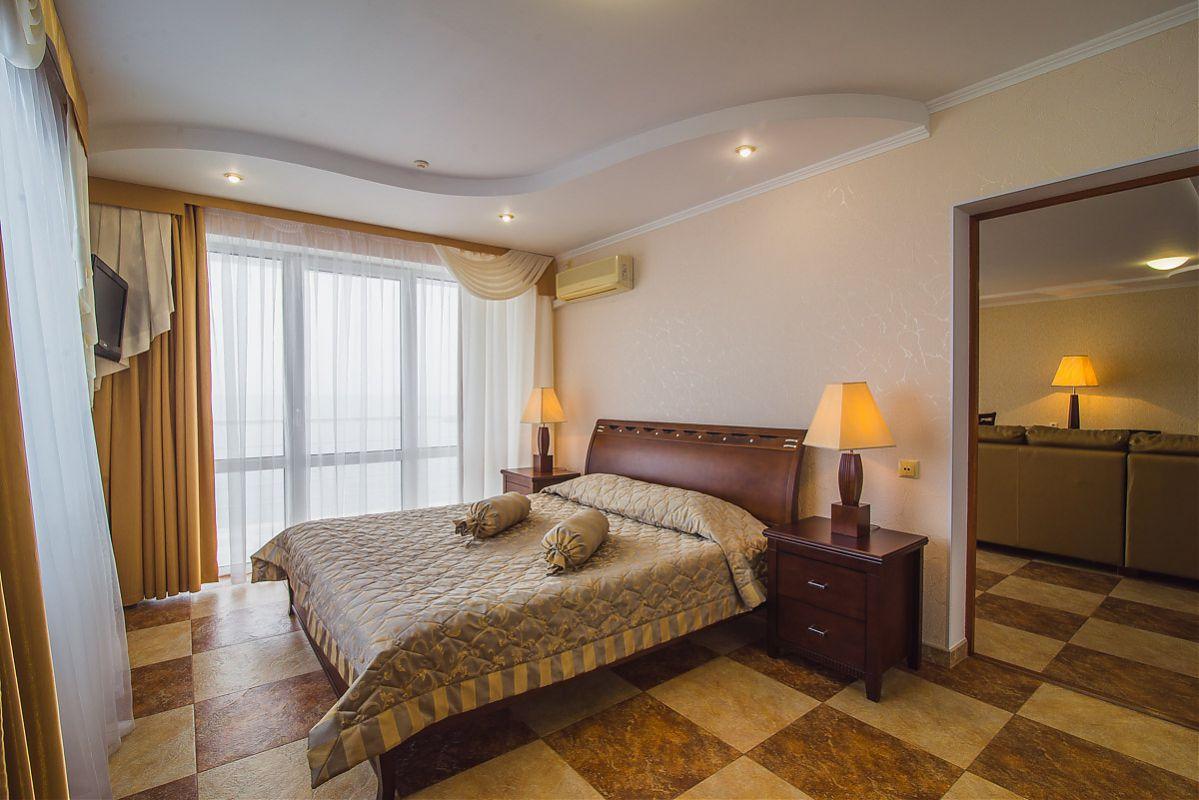 hotel-lotus-nomer
