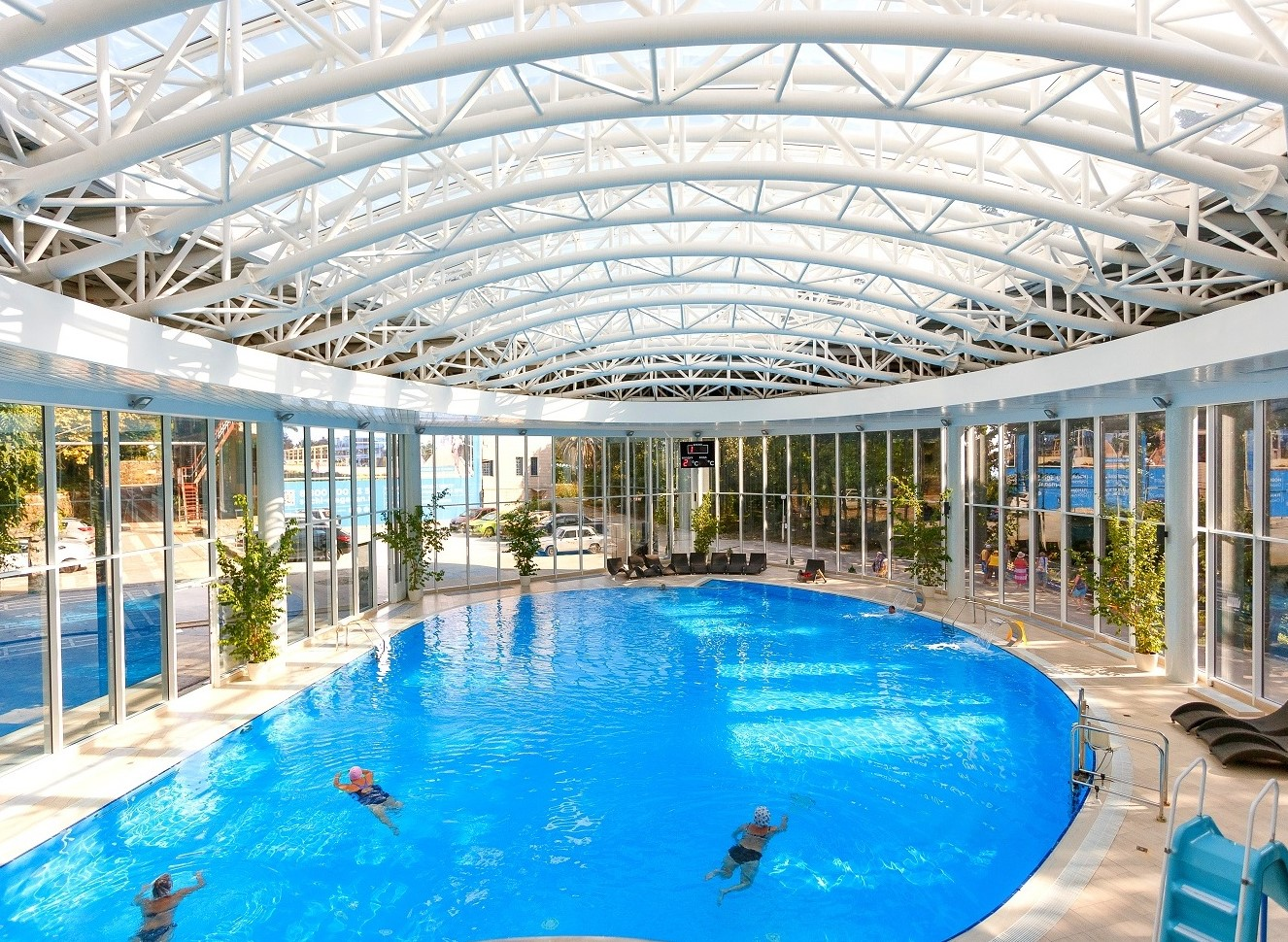 sochi-magadan-pool2