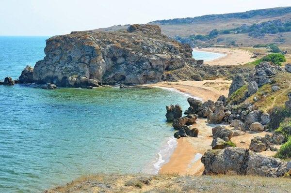 Самый лучший пляж в Крыму, где отдыхать в России