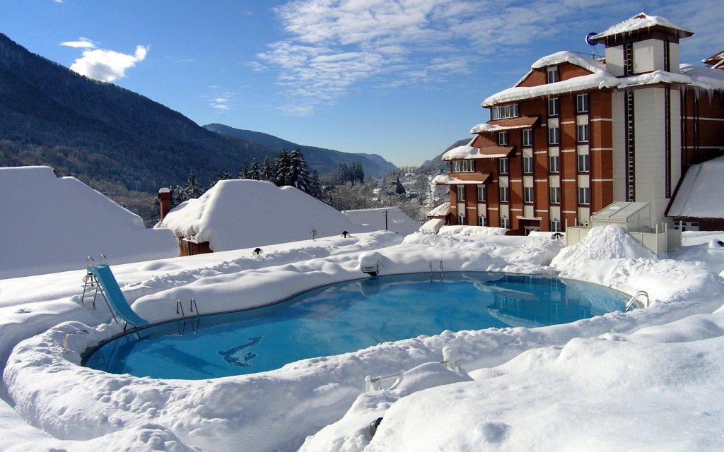 krasnaya-polyana-sneg