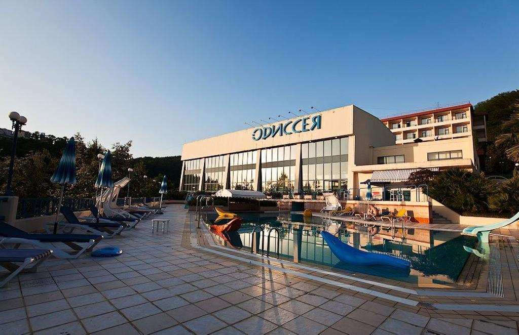 odysseya-resort-lazarevskoe-bas