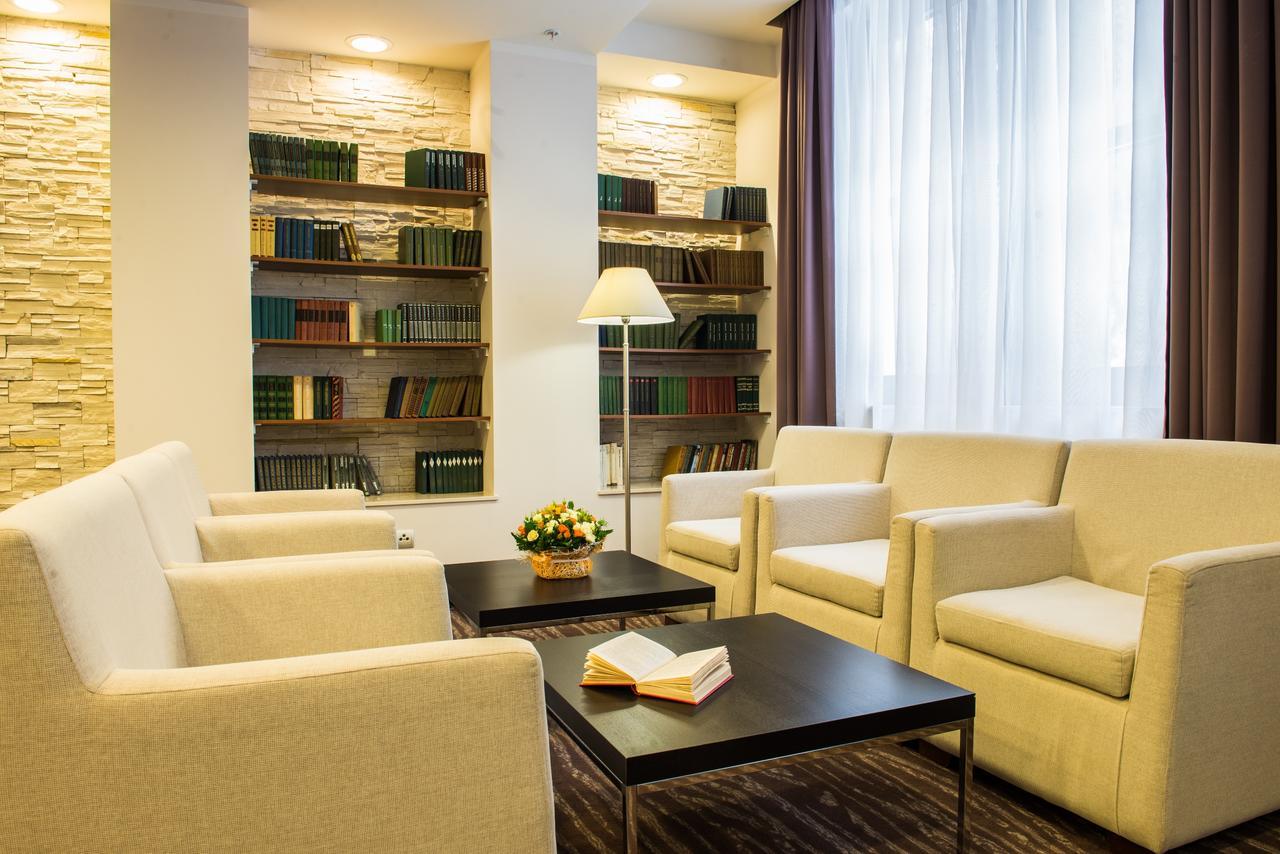 azimut-hotel-freestyle-rosa-khutor-biblioteka