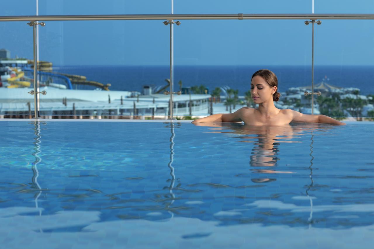 sueno-hotels-deluxe-belek-bas