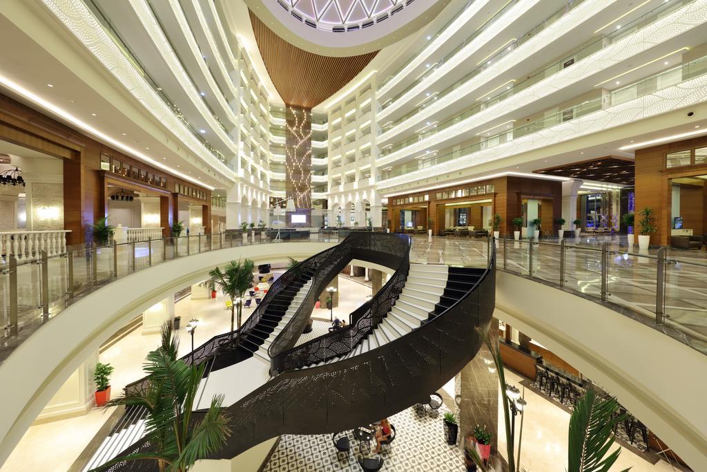 sueno-hotels-deluxe-belek-vnutri