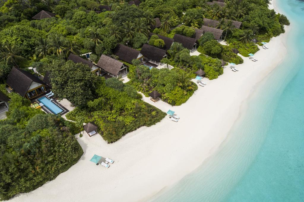 four-seasons-resort-maldives-at-landaa-giraavaru