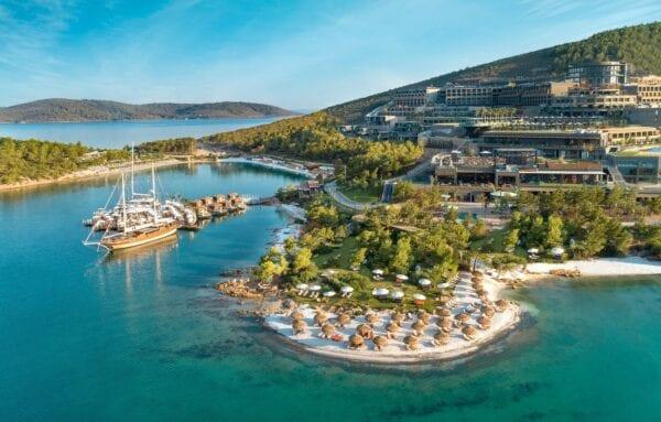 Почему туры в Турцию такие дешевые?